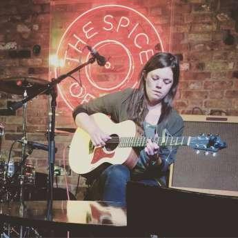 Jessie  Reid